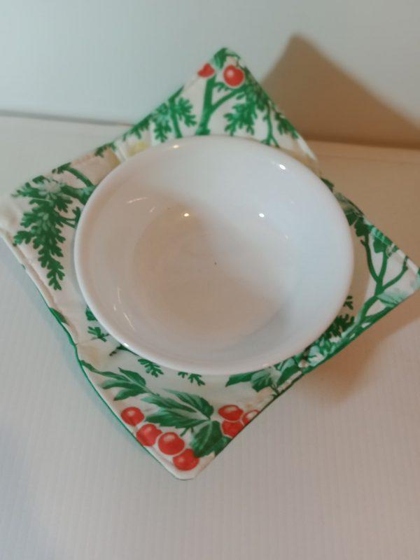 Bowl holder – reversible, green on white, 8x8